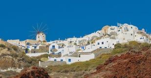 Oia dorp bij Santorini eiland, Griekenland Stock Afbeeldingen