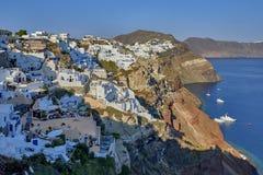 Oia dorp in het ochtendlicht, Santorini, Griekenland Royalty-vrije Stock Foto
