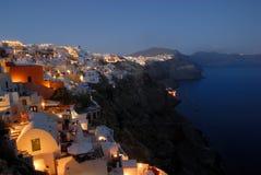 Oia en la oscuridad, Santorini, Grecia fotografía de archivo libre de regalías