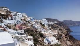 Oia, Santorini, Griekenland Santorini - één van de meest bezochte plaatsen in Griekenland stock afbeeldingen