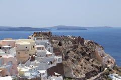Oia, Santorini i morze egejskie dnia widok, Zdjęcia Royalty Free