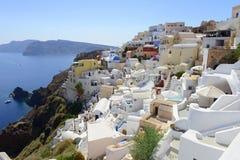Oia Santorini (Thira) Grekland - sikt över Caldera royaltyfri foto