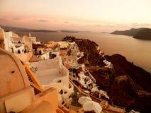 Oia, Santorini, vlak na de zonsondergang Royalty-vrije Stock Foto