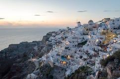 Oia-Sonnenuntergang Santorini Griechenland Mai 2018 stockfotos