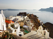 Oia stad på den Santorini ön, solnedgång Grekland Arkivfoton