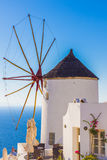 Oia windmolen, Santorini-eiland, Griekenland Royalty-vrije Stock Foto's