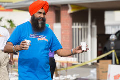 Oidentifierat volontärdeltagande i den 30th LAmaraton Edi Arkivbild