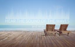 Oiga el sonido de la onda Fotografía de archivo libre de regalías