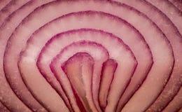 Oignon rouge coupé en tranches Photo libre de droits
