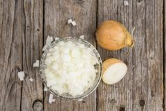 Oignons blancs découpés faits frais Photographie stock