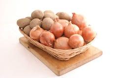 Oignons et pommes de terre Images libres de droits