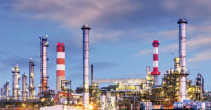 Oil and gas industry - refinery at twilight - factory - petroche Stock Image