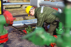 Oil and Gas Industry Worker Royalty Free Stock Photos