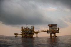 Oil and gas platform in the gulf or the sea. The world energy, Offshore oil and rig construction Royalty Free Stock Photos