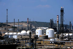 Oil and gas refinery complex Royalty Free Stock Photos