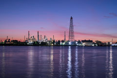 Oil and gas refinery petrochemical factory Royalty Free Stock Photos