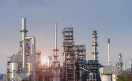Oil Industry Refinery factory at Sunset Royalty Free Stock Image