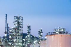Oil Industry Refinery factory at Sunset, Petroleum Royalty Free Stock Images