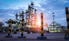 Oil Industry Refinery factory at Sunset Stock Image