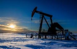 oil pumpjack Arkivfoton