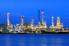 Free Oil Refinery Royalty Free Stock Images - 25749039