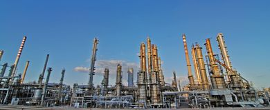 Free Oil Refinery Royalty Free Stock Images - 3231339