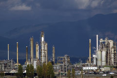 Free Oil Refinery Royalty Free Stock Photos - 407158