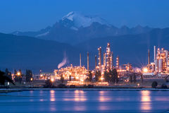 Free Oil Refinery Royalty Free Stock Images - 588679