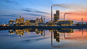 Oil refinery at dusk Royalty Free Stock Image
