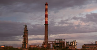 Oil refinery at dusk Royalty Free Stock Photos