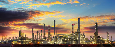 Oil refinery industrial plant at night Royalty Free Stock Photography