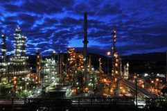 Oil refinery at night, Burnaby. British Columbia, Canada Royalty Free Stock Photos