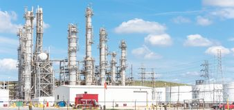 Oil refinery column un er cloud blue sky in Pasadena, Texas, USA Stock Photography