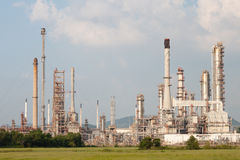Oil refinery, petrochemical plant at industrial estate Stock Photo
