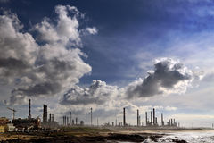 Oil refinery and powerplant Stock Photography