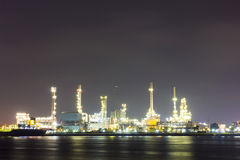 Oil refinery site with twilight Royalty Free Stock Photos