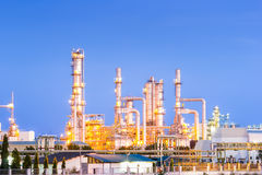 Oil refinery. At twilight with sky background Royalty Free Stock Photography