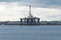 Free Oil Rig Royalty Free Stock Photos - 22293338