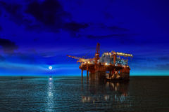 Free Oil Rig Platform Stock Photography - 46517182