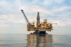 Oil rig platform. In the calm sea Royalty Free Stock Photo