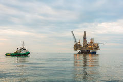 Oil rig platform. In the calm sea Royalty Free Stock Photos