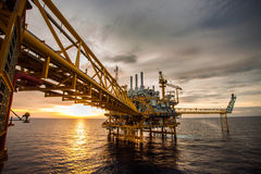 Oil and rig platform Royalty Free Stock Photo