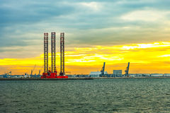 Oil Rig at sunset Royalty Free Stock Photos
