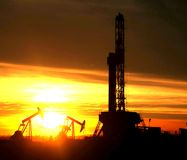 Oil rig in the sunset Royalty Free Stock Photography