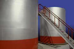 OIL PETROLEUM ENERGY STORAGE TANKS NEW CLEAN Royalty Free Stock Photos