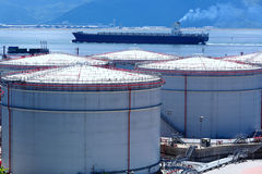 Oil tank and oil ship Royalty Free Stock Photos