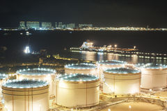Oil tank and oil tanker Royalty Free Stock Photography