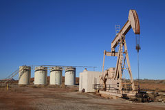 Free Oil Well Royalty Free Stock Images - 12076649