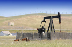 Oil well pump Royalty Free Stock Images