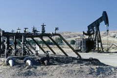 Oil well at Taft, CA Stock Images